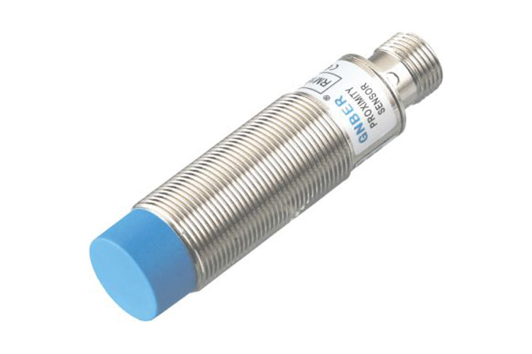RC18 connector type non-flushed 8mm capacitive sensor