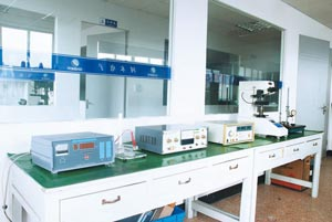 Mechanical and electrical test machine